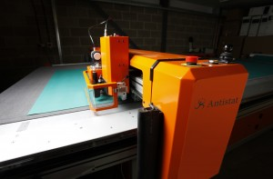 Antistat: Mat Cutting Machine